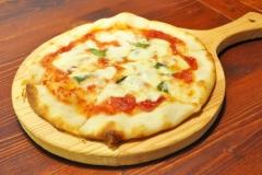 ピザ各種…¥1,000〜
