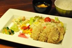 大豆ミートかつ定食…¥1,000