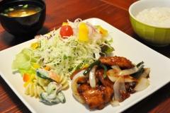 大豆ミートの焼肉定食…¥1,200